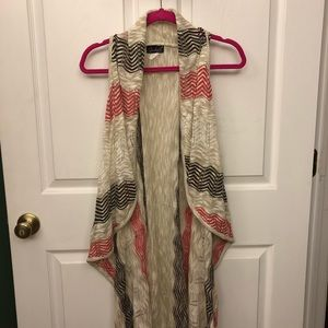 Long Open Front Vest Size 3X Brown and Red